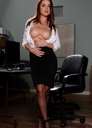 Bigtitsatwork Dillion Harper Blacksexbig Office Xo