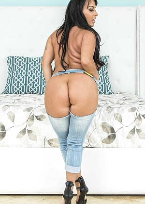 Bigwetbutts Holly Halston Goldfinger Milf Pawg