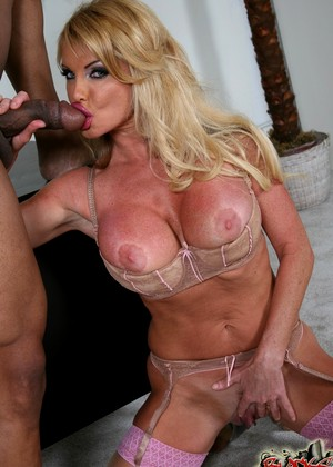 Alluring Mom Taylor Wane Plays With Big Cocks And Gets Naile 1