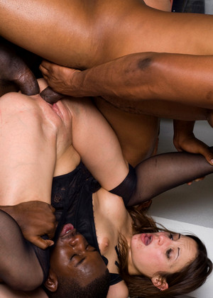 Blacksonsluts Amber Rayne Rated X Cum In Mouth Pride