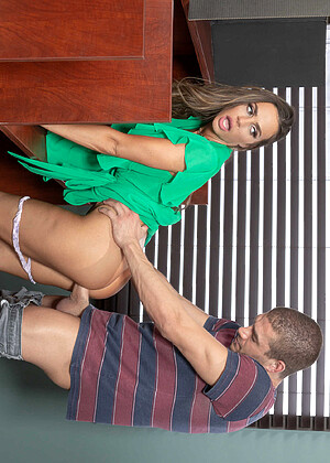 Brazzersnetwork Abigail Mac Dropping Standing Doggystyle Sexx