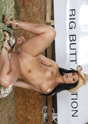 Brazzersnetwork Luscious Lopez Autumn Group Sex Theme