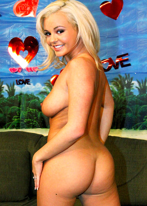Breeolson Bree Olson Thursday Blonde Babe Mag