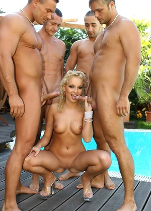 Cumforcover Lauren May Tons Of Group Sex Entertainment