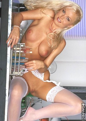 Danni Silvia Saint Sylvia Saint Silvia Sylvia Hundreds Of Pussy Imgur
