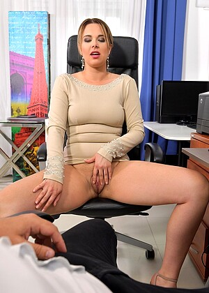Ddfnetwork Nikky Dream Fuckingcom European Valentinecomfreepass