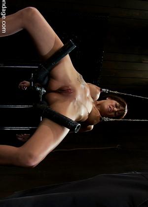 Cumeating girl) Bondage directed sex