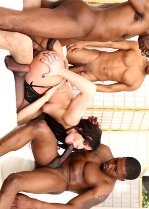 sean-michaels, jennifer-white, isiah-maxwell
