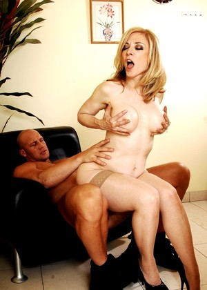 Diaryofamilf Nina Hartley Fun High Heels Mobilephoto