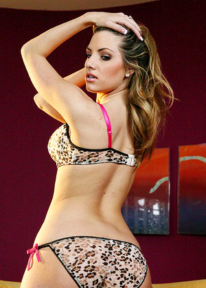Digitalplayground Teagan Presley Midnight Big Cock Sexmobi