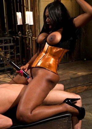 Divinebitches Nyomi Banxxx Lance Hart August Interracial Femdom Sex Free Token