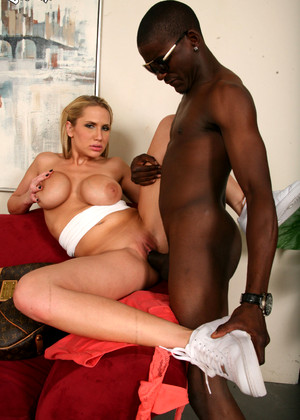 Dogfartnetwork Alanah Rae Thursday Blacks On Blondes Mobilepics