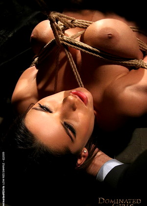Dominatedgirls Zafira Creative Bdsm Img