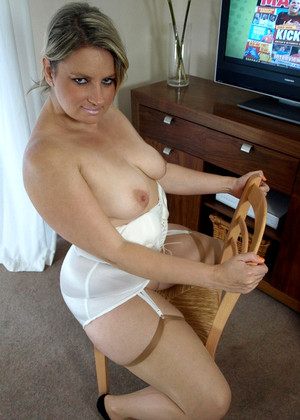Englishmilf Daniella English Insane Stockings Gal