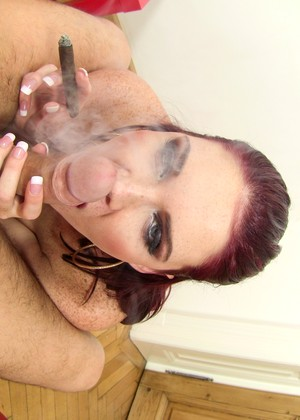 Evilangel David Perry Emma Leigh Features Smoking Seximage