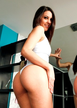 Evilangel Nacho Vidal Laurita Carolina Abril Openplase Beautiful Review