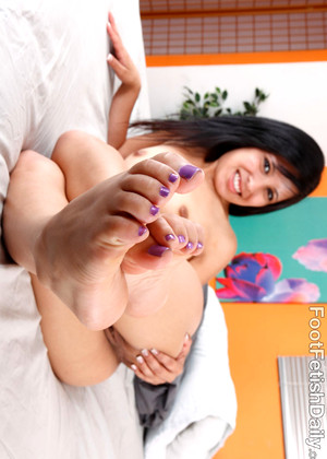 Footfetishdaily Footfetishdaily Model Recommend Sexy Foot Jobs Dorm