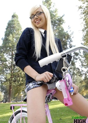 Freshoutofhighschool Emma Mae High Res Blowjob Xxx Dvd