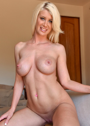 Propertysex stunning young real estate agent job interview 6