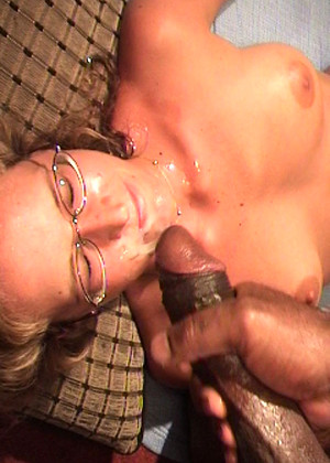 Blonde gets gangbanged by 4 guys - 1 1