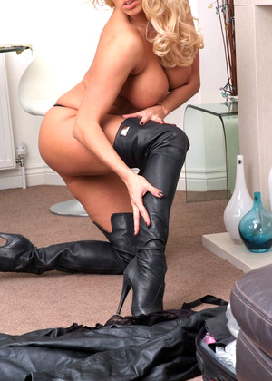 Girlsinleatherboots Dannii Harwood Friendly Fetish Hdporn