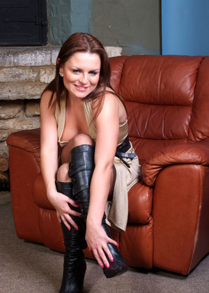 Girlsinleatherboots Girlsinleatherboots Model Popular Stockings Clubhouse