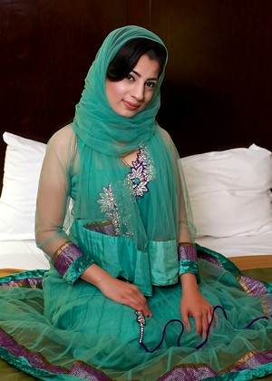 Голые мусульманки хиджаб фото 30820 фотография