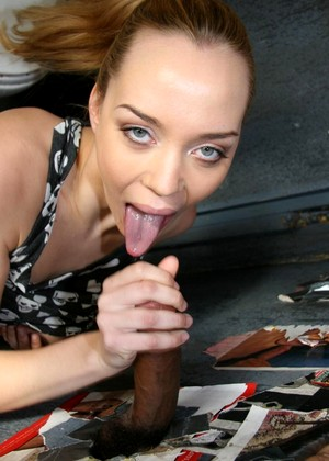 Gloryhole Annette Schwarz Regular Oral Sex Pornostar