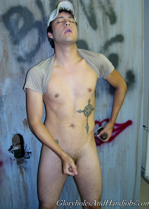 Gloryholesandhandjobs Model jpg 7