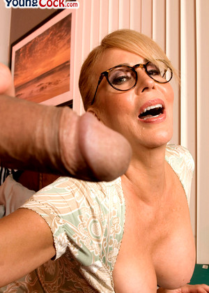 Grannylovesyoungcock Erica Lauren Clear Glasses Vr Sex