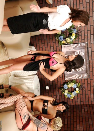 Hotandmean Nina Mercedez Daisy Marie Private Skirt Imagination