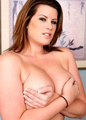 Housewife1on1 Lisa Sparxxx Find Legs Xxxgallery