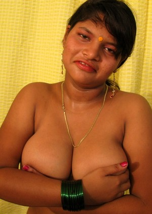 Indiauncovered Indiauncovered Model Insane Tits Social Network