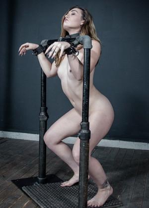 Kat Monroe jpg 6