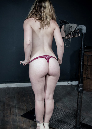 Kat Monroe jpg 7
