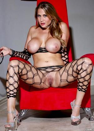 Alanah Rae 4