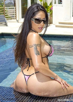 Julesjordan Jenaveve Jolie Look Brunette Instructor