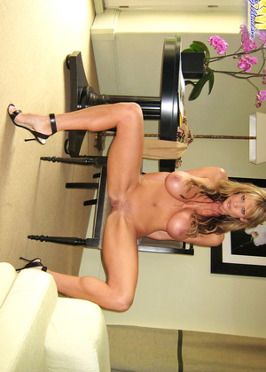 Kellymadison Kelly Madison Direct Blondes Valley