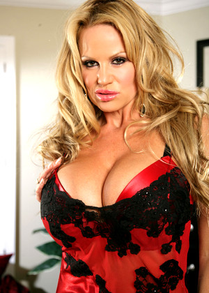 Kellymadison Kelly Madison Interesting Big Tits Post