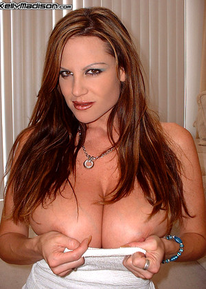 Kellymadison Kelly Madison Introduce Tits Fuckbook