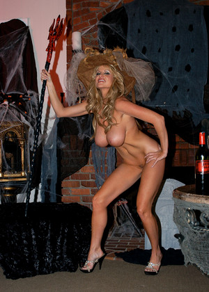 Kellymadison Kelly Madison Rated X Mature Town