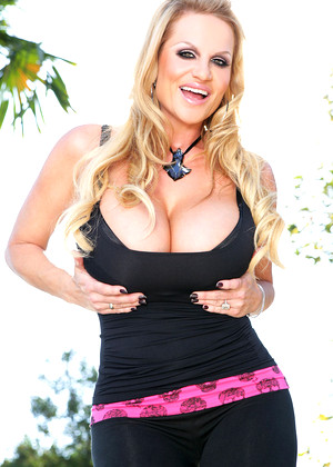 Kellymadison Kelly Madison Summer Blondes Page