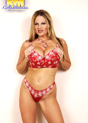 Kellymadison Kelly Madison Thursday Bustystars Magazine
