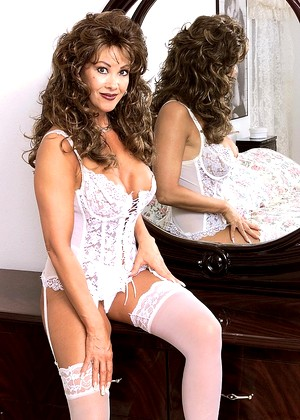 Kinkymaturesluts Kinkymaturesluts Model Typical Milf Site