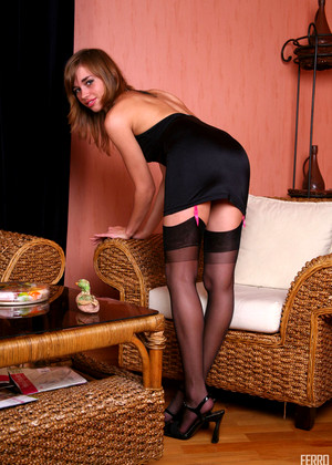 Lacynylons Lacynylons Model Nasty Legs In Stockings Xxximage