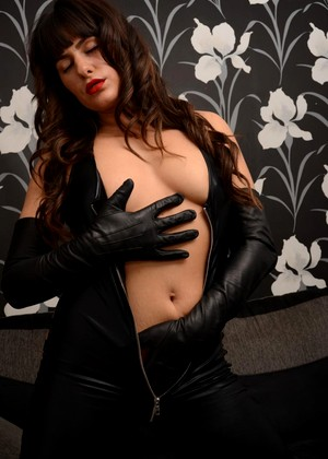 Ladiesinleathergloves Ladiesinleathergloves Model September Leg Xxxmate