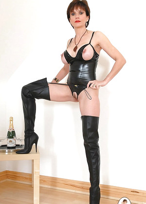 Ladysonia Lady Sonia Dream Leather Livesex