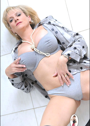 Ladysonia Lady Sonia Elegant English Online