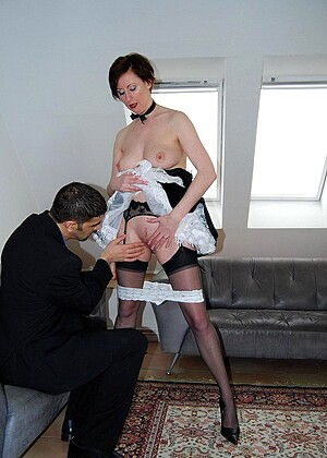 Larasplayground Lara Latex Prono Maid Orgasmatics