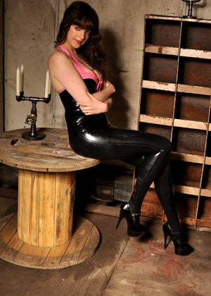 Latexheaven Kate Anne Summer Busty Albums